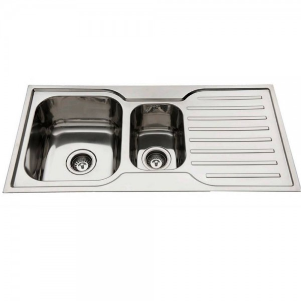 Kitchen Sink With Left One And Half Bowls And Drainer